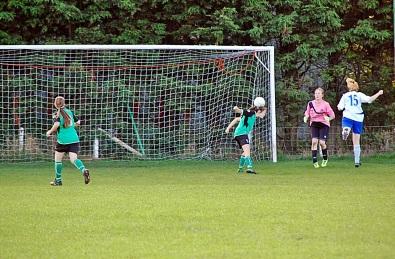 Middleton Score Third Goal
