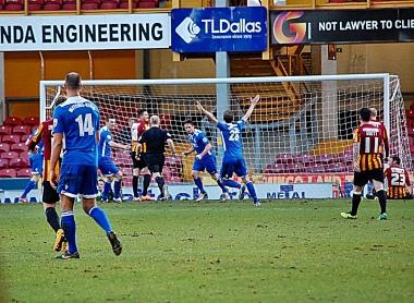 Dartford Score Goal