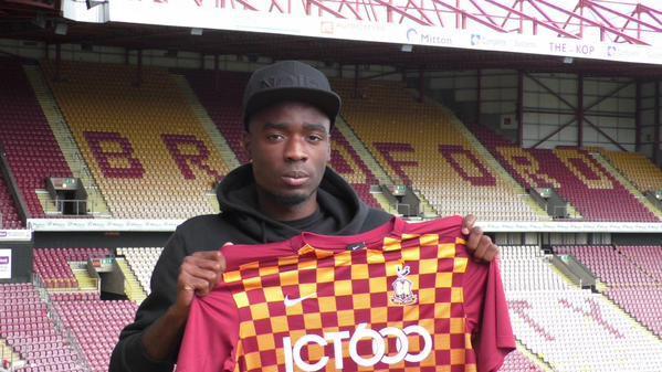 City Sign Forward Devante Cole | Chadwick Media