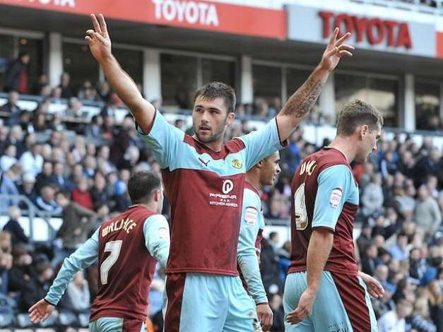 charlie-austin-burnley